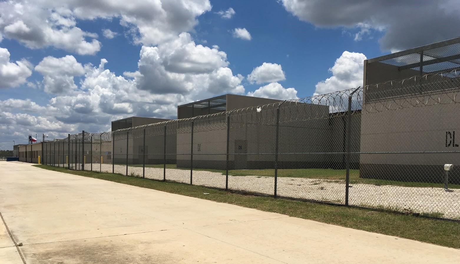 Photo from the US-Mexico border in Laredo, TX