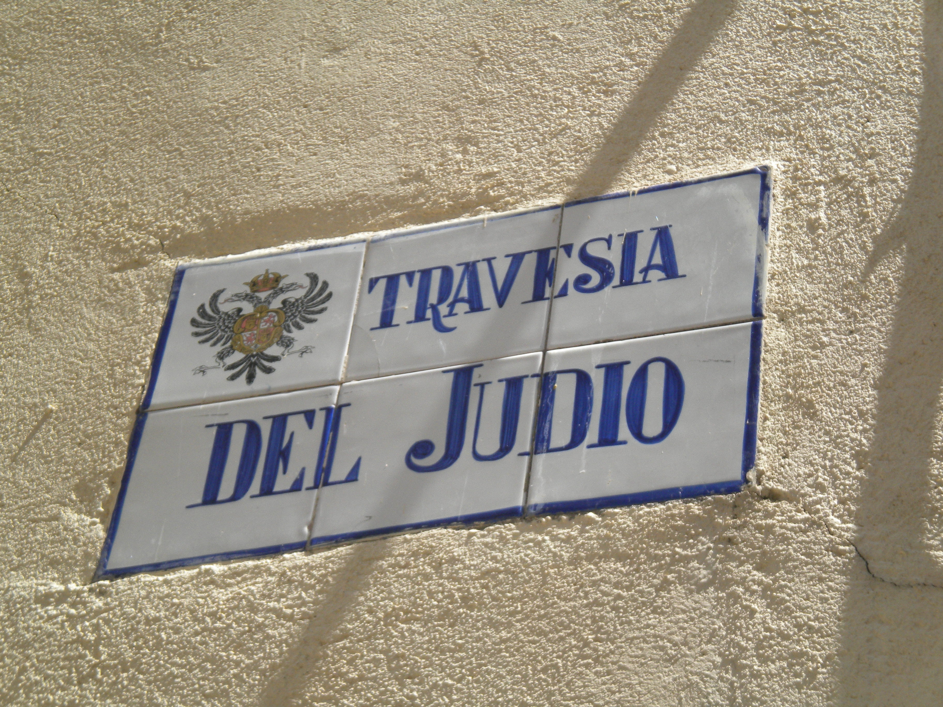 """""""Located in central Spain, 70 km south of Madrid. It is the capital of the province of Toledo."""""""