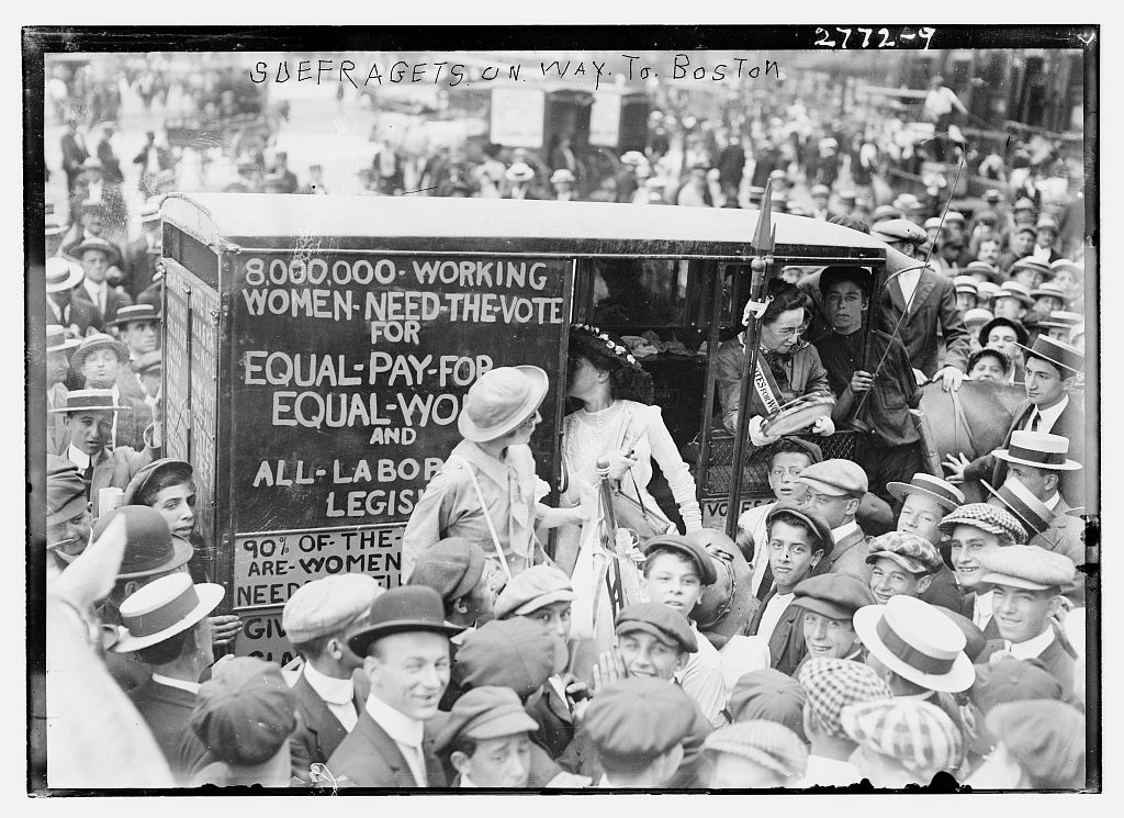 suffragettes going to Boston